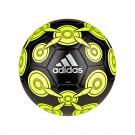 ADIDAS voetbal (603)