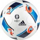 Adidas officiële voetbal EK 2016 (550)
